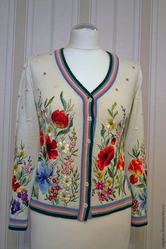 Sweatshirts and sweaters handmade. Embroidery On Clothes, Embroidery Suits, Embroidered Clothes, Embroidered Jacket, Floral Embroidery, Silk Ribbon Embroidery, Hand Embroidery, Embroidery Designs, Mode Russe