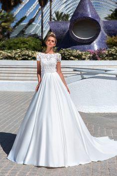 f2204fa1e5 57 nejlepších obrázků z nástěnky Svatba v roce 2019