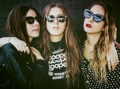 Our HAIM Style Mixtape! Their style choices are exemplary and they team everything with a pair of sunnies, needless to say we were totally smitten the first time we laid eyes on the mega babes from band HAIM. Haim Style, Danielle Haim, We Heart It, Muse, Ray Bans, Idole, Fleetwood Mac, Stevie Nicks, Me Me Me Song
