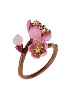 La Hormiga //   Blossom Ring