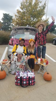 Scarecrow, sunflower, bee costume with harvest themed trunk or treat. Diy Scarecrow Costume, Trunk Or Treat, Halloween 2018, Harvest, Baby Strollers, Trunks, Bee, Costumes, Children