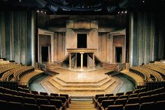 Thrust stage at the Shakespeare Festival Theatre, Stratford, Ontario Stage Set Design, Set Design Theatre, Bühnen Design, Stratford Ontario, Theatre Architecture, Stratford Festival, Shakespeare Festival, Shakespeare Plays, Theatre Stage