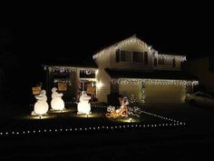 This very Hobbesian holiday display. | 19 Totally Amusing Christmas Decorations