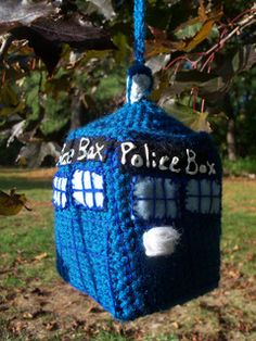Amigurumi TARDIS from Doctor Who. Free Download Pattern