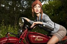 Pin-Up Cute Girl Indian Scout Old Retro Motorcycle Bike Motorbike Poster - Cool Cars & Motorcycles - Motorrad Indian Scout, Retro Motorcycle, Motorcycle Style, Motorcycle Girls, Motorcycle Posters, Vintage Motocross, Bobber Motorcycle, Biker Chick, Biker Girl