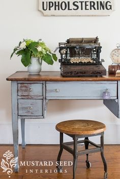 bHome, a desk & the most awesome typewriter ever - Miss Mustard Seed