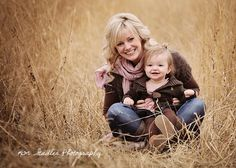 The easiest way to avoid a distracting background is to force a uniform look by your angle of approach. LOVE this shot! kid baby with mom Autumn Photography, Children Photography, Family Photography, Photography Poses, Family Posing, Family Portraits, Senior Portraits, Mommy Daughter Pictures, Mom Daughter