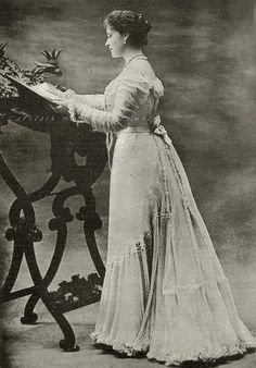 Grand Duchess Elisabeth Feodorovna of Russia, neé Princess of Hesse. 1900s.