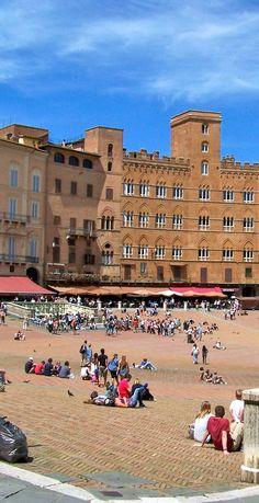 Piazza del Campo in Siena,Italy