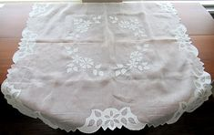 #Madeira Embroidered Table Topper Square Handmade Hand Vintage Linen, Etsy Vintage, Vintage Items, Wedding Linens, Party Shop, Table Toppers, Leaf Design, Small Businesses, Wedding Table
