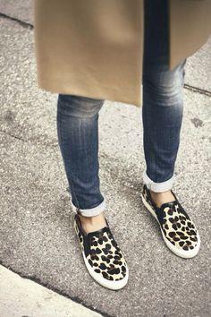 leopard shoes - creme coat - denim