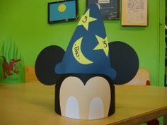 mouse crafts Headband craft idea for kids Mickey Craft, Mickey Mouse Crafts, Mickey Minnie Mouse, Disney Crafts, Summer Crafts For Toddlers, Toddler Crafts, Preschool Crafts, Diy For Kids, Headband Crafts