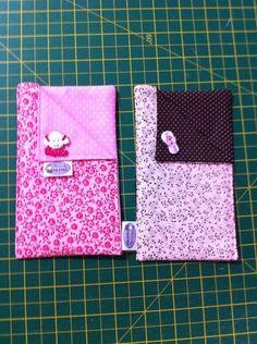 Porta Celular...pode ser feito em diversos tamanhos! Feito em tecido 100% algodão e manta resinada! Frete não incluso! Valor da unidade!!!! R$15,00