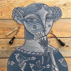 / image of a woman / linocut / by alejandro lopez / Gravure Illustration, Illustration Art, Linocut Prints, Art Prints, Block Prints, Gravure Photo, Lino Art, Stamp Carving, Linoprint