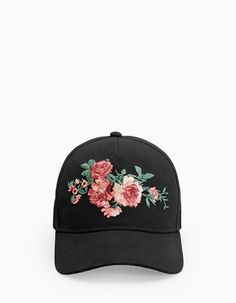 At Stradivarius you'll find 1 Cap with embroidered rose detail for woman for just 9.95 Portugal . Visit now to discover this and more ACCESSORIES.