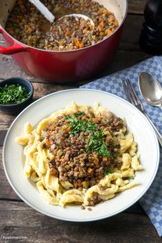 Swabian lentils with spaetzle - madame cuisine Bean Recipes, Veggie Recipes, Healthy Recipes, Spatzle, Lentil Stew, Pasta, Group Meals, Eating Habits, Lentils