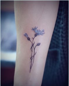 My beautiful cornflower tattoo :) #blue flower tattoo #cornflower #Blaue Blume