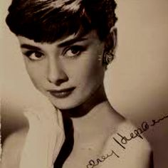 Audrey, such a simple gorgeousness!