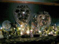 dita von teese home | From Adam & Jordin's Christmas show to Alyssa, NPH and Jessica's trees ...
