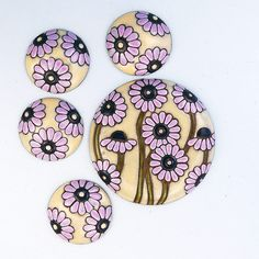 Daisy Meadow - Pink by golemstudio on Etsy