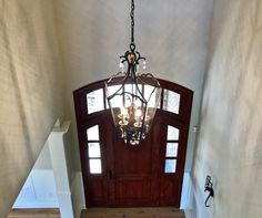 Just the right size light fixture for this space don't you think?  #lighting #PoplarWoods #homesforsale #Louisville #Kentucky #Remax #Luxuryhomes #luxuryRealtor