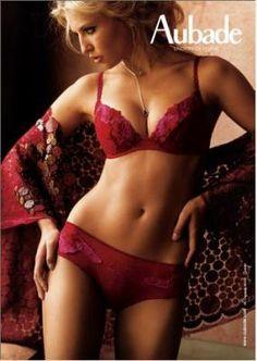 Blog de pub-lingerie - Page 23 - Publicités de lingerie ==> + de 30 nouvelles photos !! - Skyrock.com