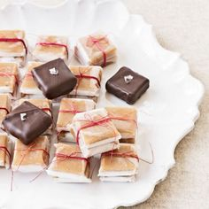 Chocolate Dipped Vanilla Caramels - Fs Grace Parisi experiments with ever-versatile caramel to make these chewy candies. Chocolate Caramels, Chocolate Dipped, Chocolate Desserts, Chocolate Candies, Salted Caramels, Valentine Chocolate, Decadent Chocolate, Chocolate Truffles, Candy Recipes