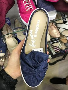 timeless design 718e1 4514a sapatos-moleca-verão-2018