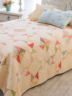 Quilting - Bed Quilt Patterns - Pieced Quilt Patterns This table runner pattern couldn't be easier! Make these star blocks using squares and half-square triangles. Size: x Skill Level: Confident Beginner Star Quilts, Scrappy Quilts, Easy Quilts, Quilt Blocks, Star Blocks, Charm Pack Quilts, Charm Quilt, Bed Quilt Patterns, Block Patterns