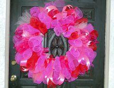Magenta Spiral PolyMesh Wreath