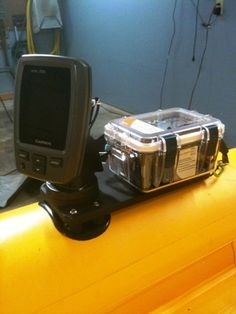 1000 images about kayak electrical on pinterest kayaks for Battery powered fish finder