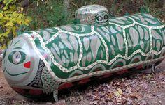 Top 10 Amazing Examples of Fuel Tank Art Big Hot Dog, Propane Tank Art, Simple Art Designs, Tank I, Farm Art, Septic System, Cool Tanks, Adventures In Wonderland, Yellow Submarine