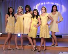 Girl in glee names Santana and Rachel and Brittany and Quinn and Mercedes and Tina Glee Memes, Glee Quotes, Glee Sam, Sam Evans Glee, Quinn Fabray, Glee Club, Rachel Berry, Dianna Agron, Cory Monteith