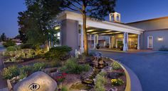 Hilton Santa Fe Historic Plaza Santa Fe This hotel is one block of the Historic Santa Fe Plaza shopping and entertainment area. The hotel offers an outdoor swimming pool, free Wi-Fi and a restaurant.