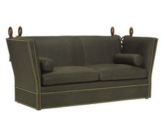 tip-til catre un vis: furniture gossip: knole sofa Ibb Design, Knole Sofa, Home Furniture, Furniture Design, Furniture Ideas, Georgian Furniture, Hickory Chair, Home Comforts, Living Styles