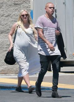 Ashlee Simpson's Breezy Bump - http://site.celebritybabyscoop.com/cbs/2015/05/04/ashlee-simpsons-breezy #AshleeSimpson, #Babybump, #Babybumpwatch, #Dress, #EvanRoss, #Maternity, #Summer, #TopangaMall