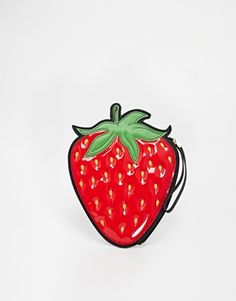New+Look+Strawberry+Clutch