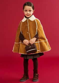 DOLCE & GABBANA FW 20/21 Dope Outfits, Kids Outfits, Winter Kids, Fall Winter, Girls Designer Clothes, Girls Special Occasion Dresses, Dolce And Gabbana Kids, Stylish Kids, Girl Fashion