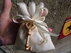 bomboniere ricamate di sara: bomboniera nozze oro