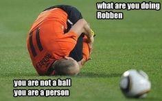 Você não é uma bola, Robben!