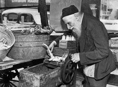 Horseradish grinder, Maxwell Street, 1938, Chicago.    Chicago Tribune Archives