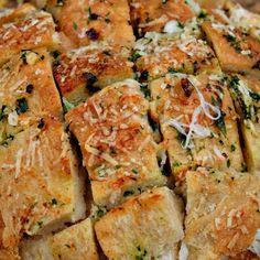 Mozzarella Garlic Hedgehog Bread - Twisted