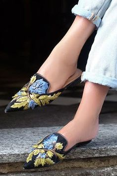 Fashion FYI: Maximalist Shoes Are What Every Cool Girl Is Wearing Now  via @PureWow (=)