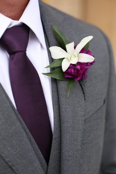 The groom's boutonniere is one of the few accessories for the groom. The small boutonniere declares the identity of the groom. The groom's boutonniere should be based on simplicity and smallness. Remember, the boutonniere and Read more… Purple Groomsmen, Purple Bridesmaid Dresses, Bridesmaids And Groomsmen, Groomsmen Suits, Groom Attire, Purple Peonies, Purple Orchids, White Orchids, Dreams