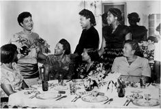 Billie Holiday at Georgette's Tea Room circa 1950 Billie Holiday, Lady Sings The Blues, Bless The Child, Vintage Black Glamour, Old School Music, Gone Girl, Smooth Jazz, Jazz Musicians, Jazz Blues