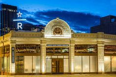 13-starbucks-reserve-roastery-and-tasting-room-in-seattle