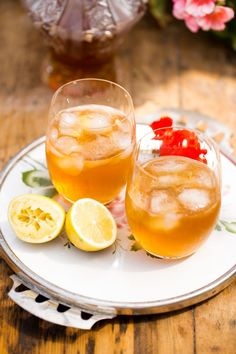 Silvestrovské drinky Punch Bowls, Cantaloupe, Fruit, Drinks, Recipes, Christmas, Navidad, Rezepte, Xmas