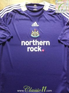 Relive Newcastle United's 2008/2009 season with this vintage Adidas away football shirt.