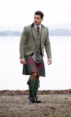 VISIT FOR MORE Try Designing Your Own tweed jacket and waistcoat to complete your Kilt outfit. The post Try Designing Your Own tweed jacket and waistcoat to complete your Kilt outfit. Scottish Dress, Scottish Clothing, Scottish Man, Scottish Kilts, Scottish Fashion, Kilt Wedding, Urban Fashion, Mens Fashion, Fashion 2016