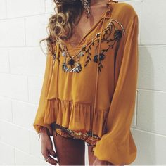 Honey top with bloused long sleeves